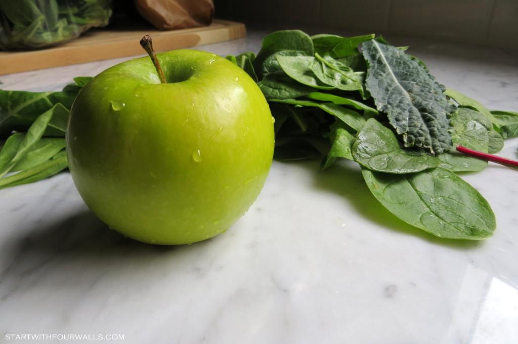 Green Juice startwithfourwalls.com