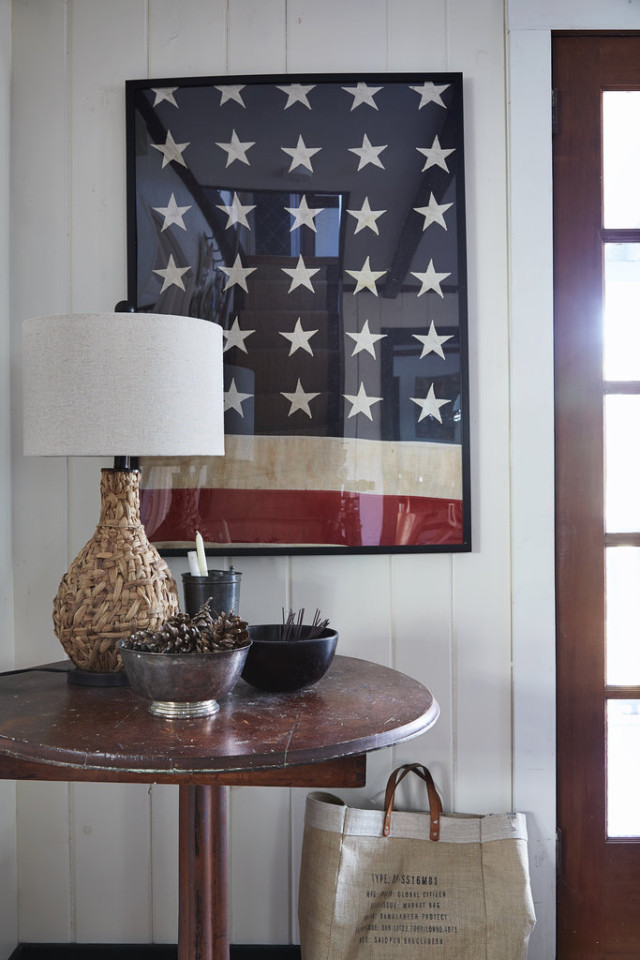 American Flag Decor startwithfourwalls.com