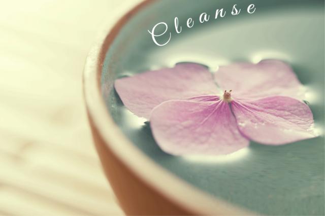 Skincare basics with licensed esthetician, Amy Pontzloff startwithfourwalls.com