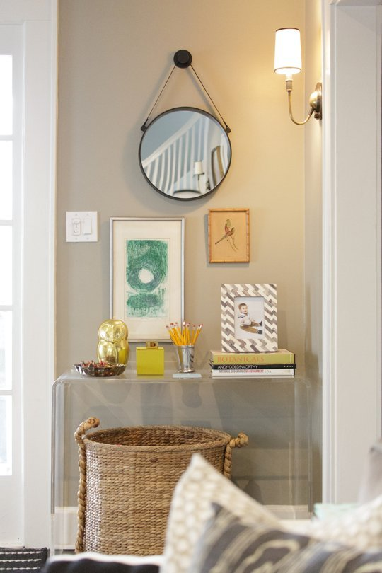Foyer Inspiration Ideas : Small entryway inspiration start with four walls