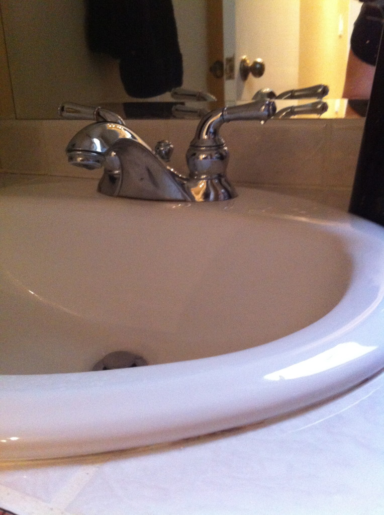 small bathroom renovation startwithfourwalls.com