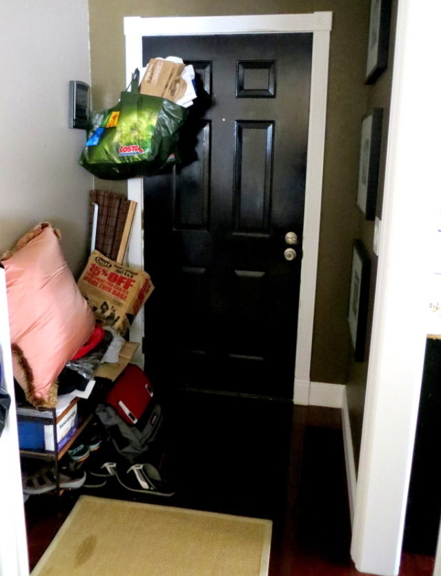 Entryway Makeover startwithfourwalls.com