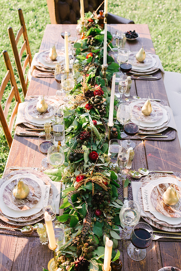 Thanksgiving Table Ideas startwithfourwalls.com